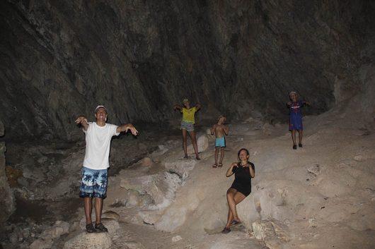 Пещера Буа-Бок, Ангтонг