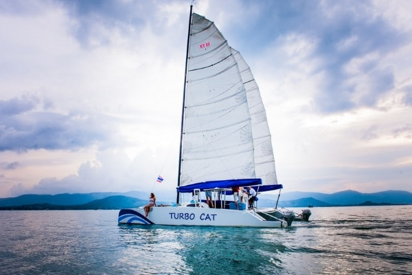 Парусный катамаран «Turbo Cat», остров Самуи, Таиланд