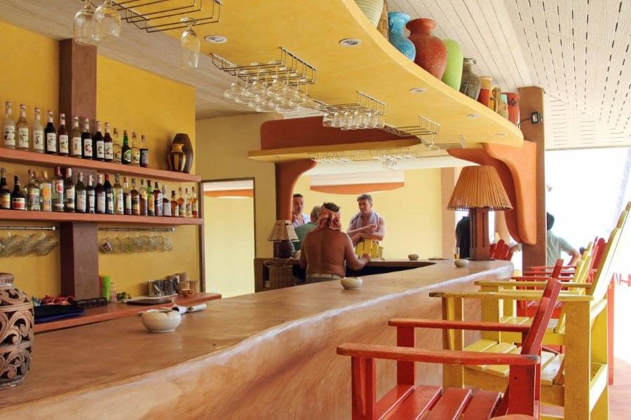 Ланч в ресторане «Au Bout du Monde» на о. Тан, остров Самуи, Таиланд