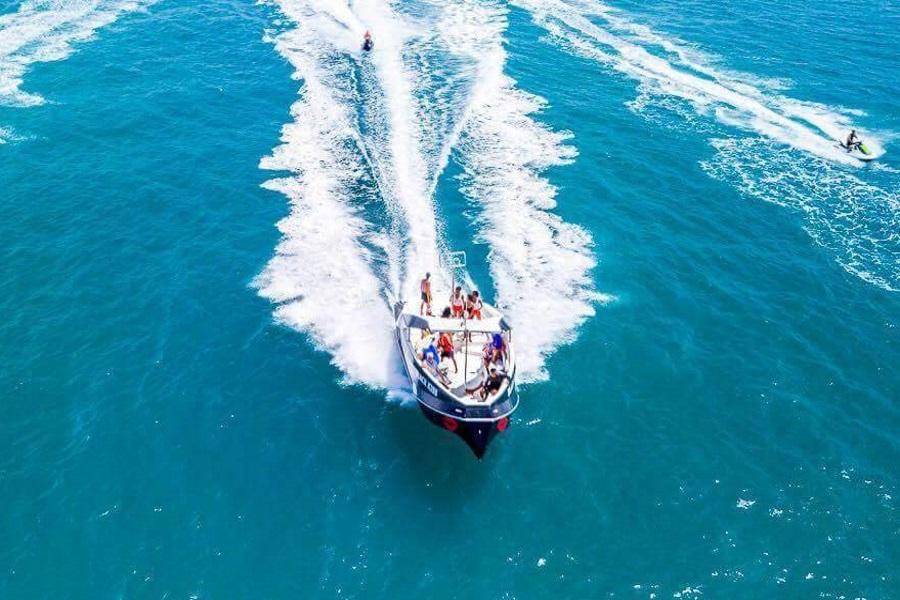 Круизы на стильном скоростном катере Black Kiss, остров Самуи, Таиланд
