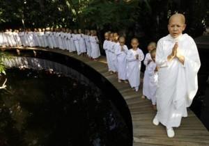 Буддисткие монахини