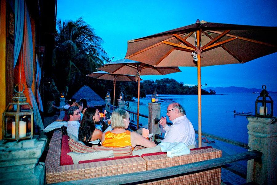 Ужин с традиционным тайским танцевальным шоу, остров Самуи, Таиланд