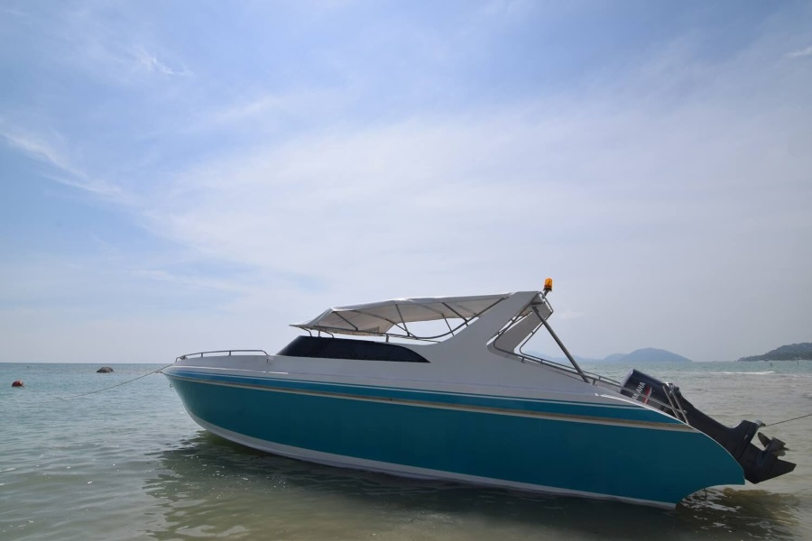 Приватная рыбалка на скоростном катере или пантоне к югу от о. Самуи, остров Самуи, Таиланд