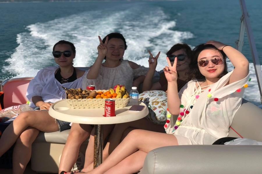Круизы и рыбалка с южного побережья Самуи на лодке-понтоне, остров Самуи, Таиланд