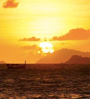 Романтическая ночь в морском национальном парке Ангтонг